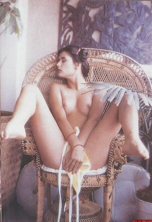 demi moore young nude